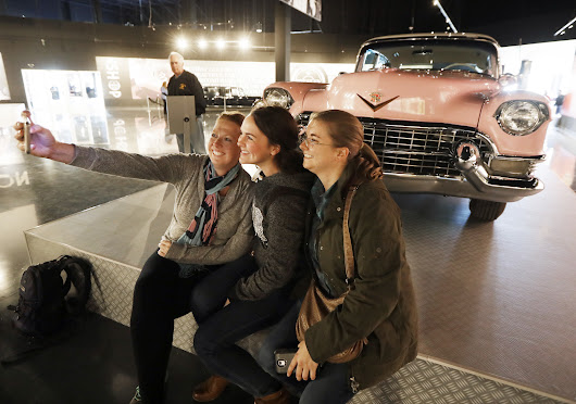 At Elvis Presley's Memphis, you can snap a selfie with the pink Cadillac and eat like the King