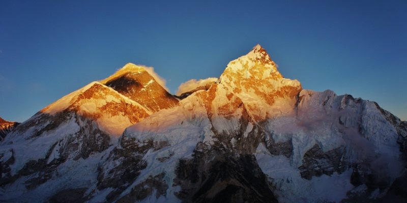 Faq How Much Earlier Is Sunrise On Mount Everest Due To