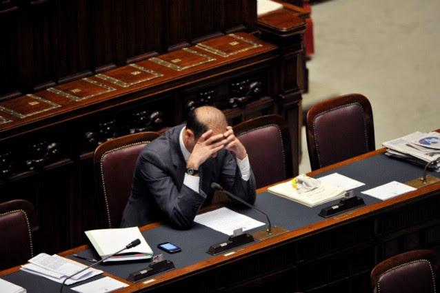 Esami comprati a Palermo. Nei guai il fratello di Alfano.