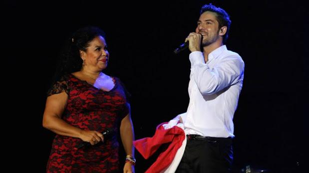 David Bisbal cantó con Eva Ayllón en su regreso a Lima