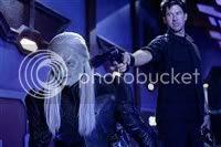 Stargate Atantis - Lt. Col. John Sheppard tries to control an evill Wraith...