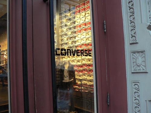 entrée Converse.jpg