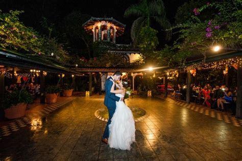 Elegant Tropical Wedding at Hacienda Siesta Alegre