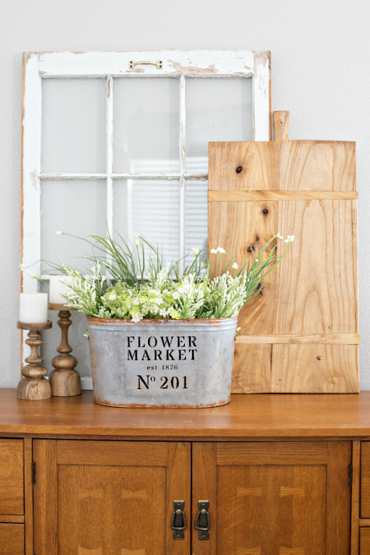 A Dozen Fixer Upper Decor Details for Spring | Yesterday On Tuesday