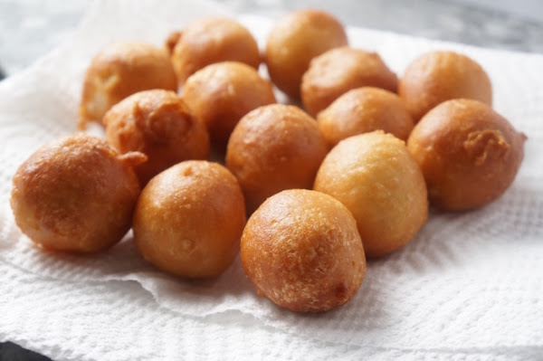 Puff puff - Nigerian - snack - how - to - round- balls - easy - sweet