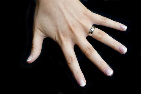 lovely  hand wedding ring woman matvukcom