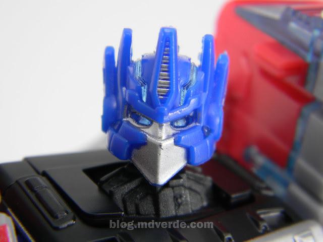 Transformers Laser Optimus Prime United Deluxe - modo robot