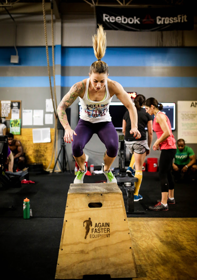 From A Nascar Pit To Crossfit Christmas Abbot Totally Rocks It Si Com