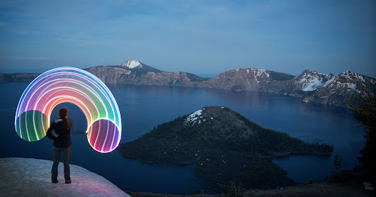 Photographer Travels Across the US with His Camera, Girlfriend, and LED Hula Hoop
