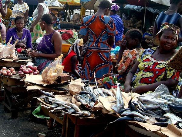 Mikwabô Bénin !: Vivre à Cotonou : manger frais