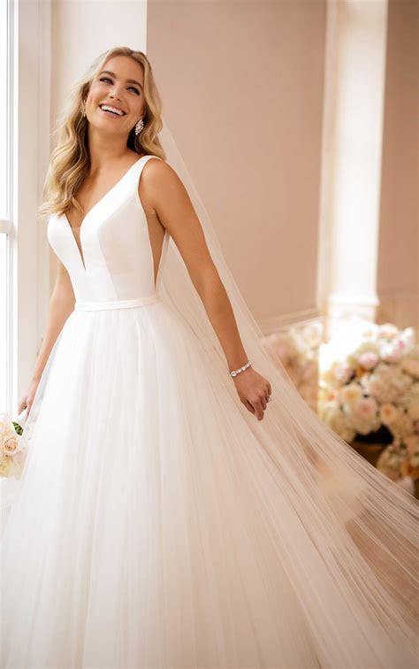 Simple Wedding Dress with V Neckline   Stella York Wedding