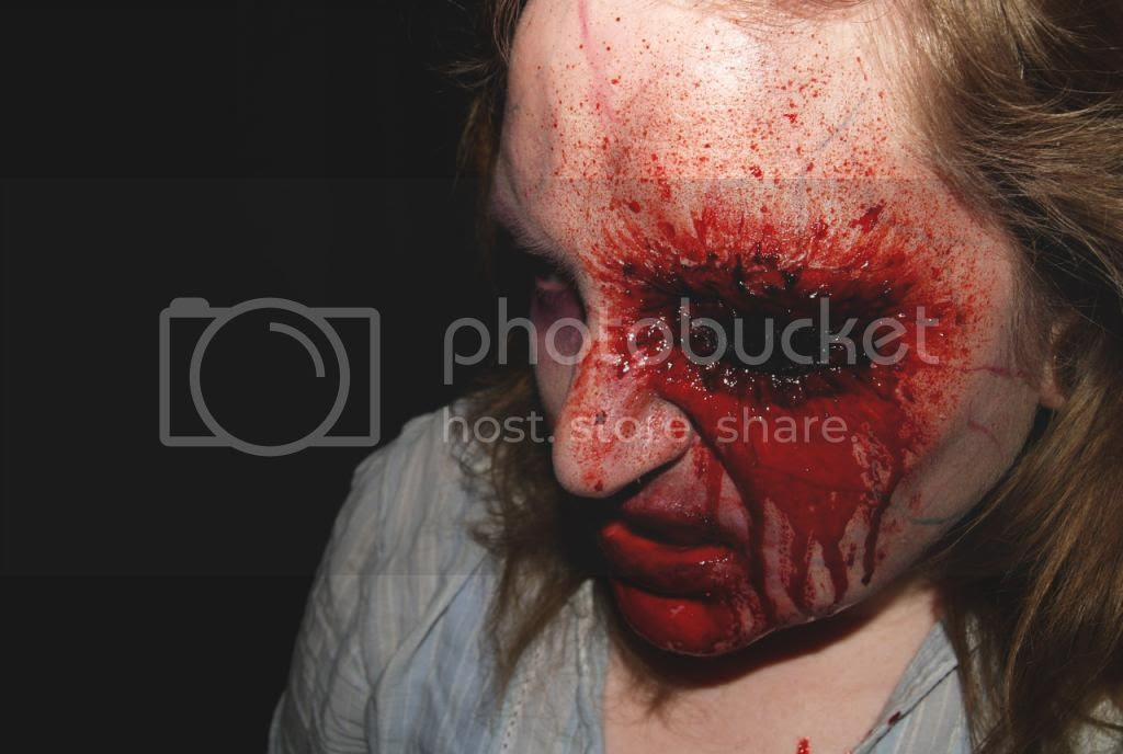 halloween makeup tutorial, gorey sfx horror zombie, bloody gouged out eye