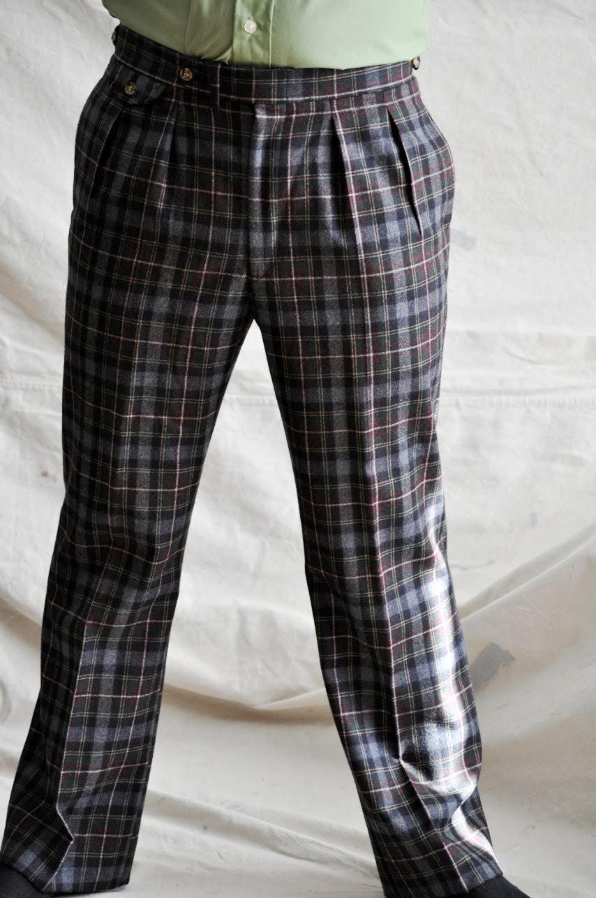 Wool Plaid Pants. Men's Wool Trousers in Gray Tartan Plaid. Size 33- 34 Vintage Wool Slacks.