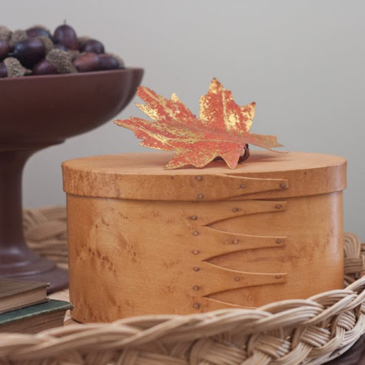 Vintage Fall Decor in the Living Room - Sweet Pea
