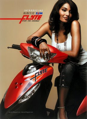 http://www.topnews.in/files/Kinetic.Flyte.Launched.Bipasha.Basu.jpg