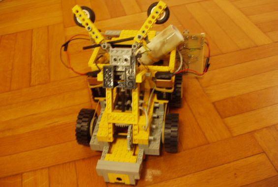 Lego Lego robot-tay-robot-là-gov trong