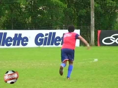 Ronaldinho gara di traverse
