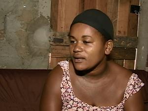 Taciana dos Santos Moura, mulher que ajudaria a prima a simular um abandono de bebê em Cumaru (Foto: Reprodução/ TV Asa Branca)