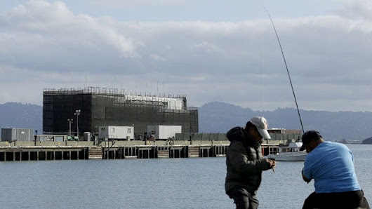 California says Google must move barge from San Francisco Bay site