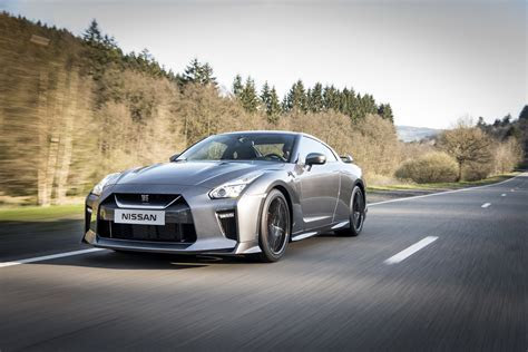 2017 Nissan GT R broadens its appeal to customers seeking both GT and R experiences