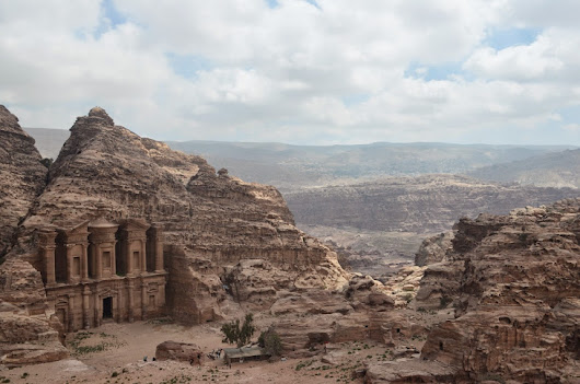 Hiking in Petra - The Backpacker Report