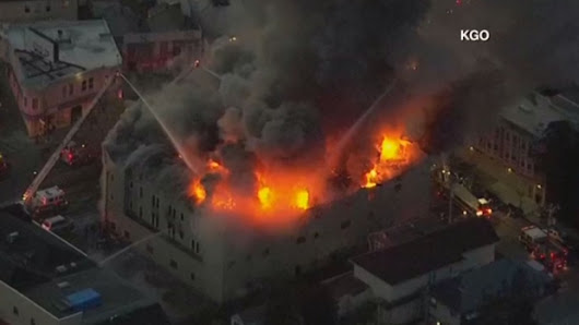 LIVE3: 4-alarm fire in Oakland, Calif.