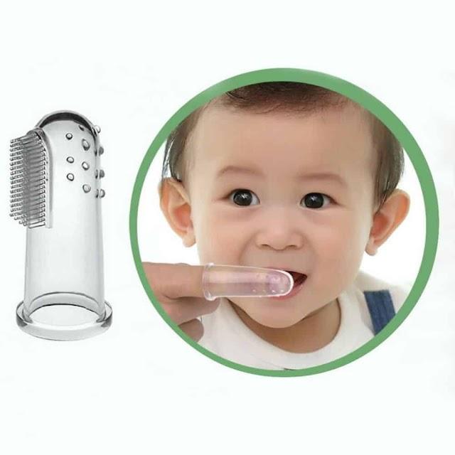 كيف تضمنين نظافة أسنان طفلك وسلامتها؟