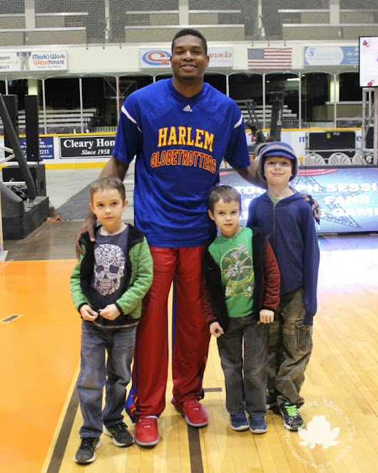 Harlem Globetrotters Celebrate 90 Years! - Mom vs the Boys