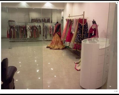 #Czari   Exclusive #ShowRoom In #Hyderabad. Exclusive