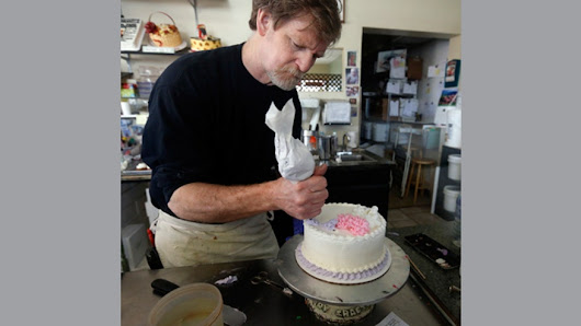 Baker forced to make gay wedding cakes, undergo sensitivity training, after losing lawsuit