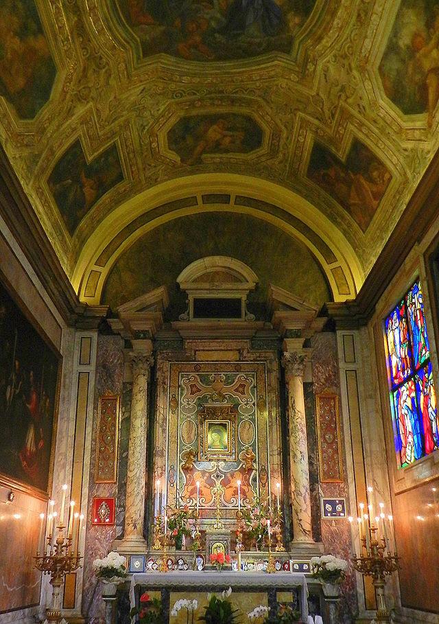 Kyrkan Santa Maria in Via, chapelle au puits.JPG
