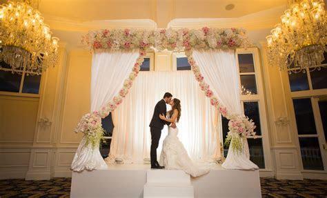 Wedding Planner, Wedding Florist, & Event Designer Panache