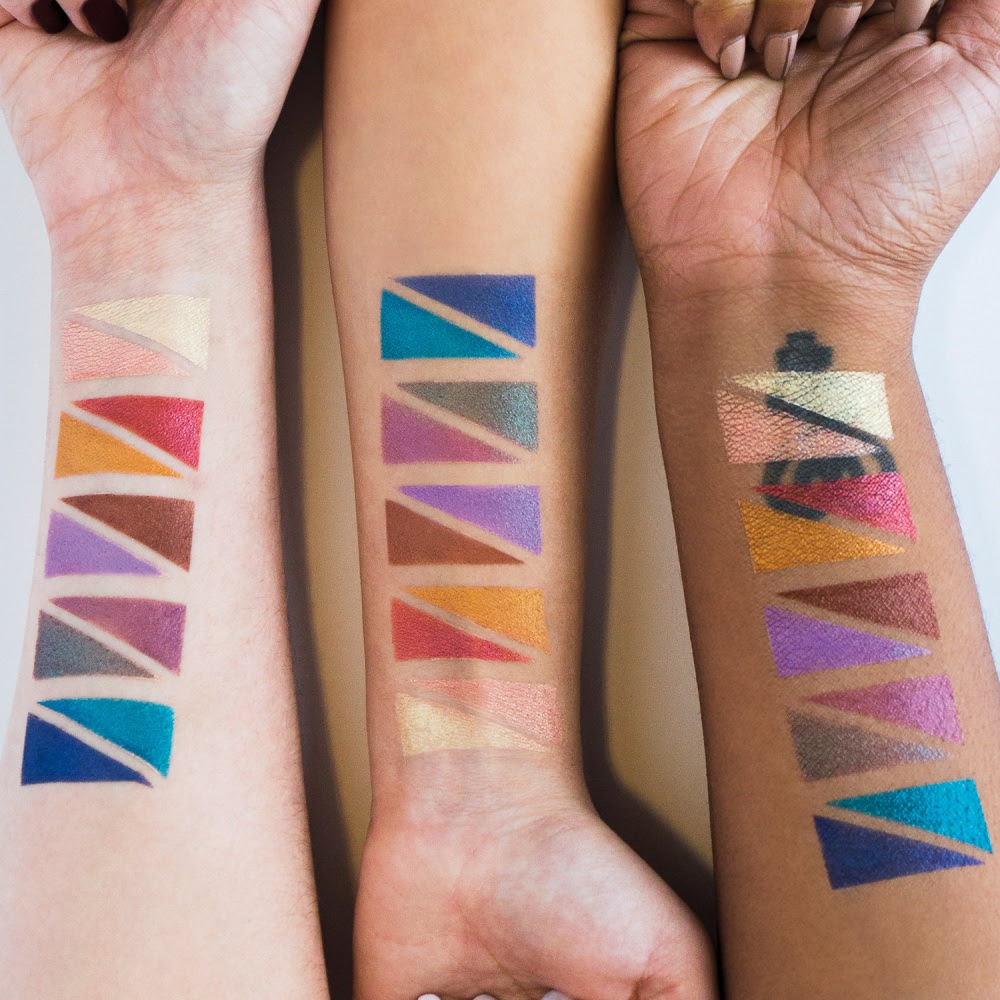 Urban Decay Afterdark Eyeshadow Palette Swatches