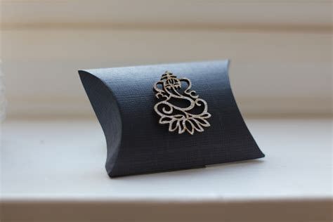 Luxury Indian Asian Wedding Favours with Ganesh   Navy