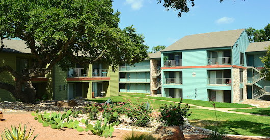 The Oaks Apartment Homes - Apartments in Austin, Texas