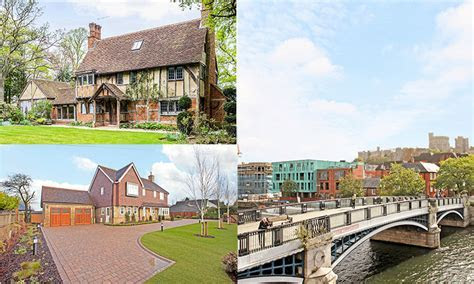 The best places to rent or buy in Windsor close to St