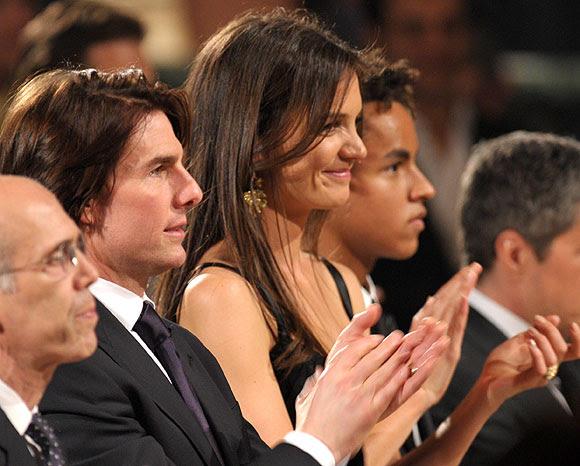 Tom Cruise acompañado por su mujer, Katie Holmes, y su hijo, Connor.