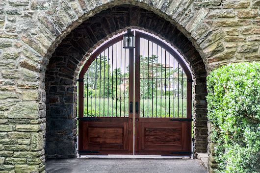 6 Totally Unique Wooden Driveway Gate Designs | Tri State Gate Blog