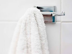 Is it Dangerous to Rarely Wash Your Bath Towel?