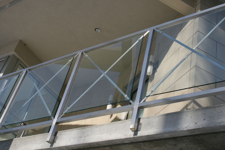 Stainless Steel Railing Glass Panel Outdoor For Balconies