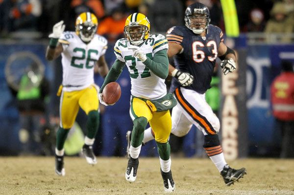 The Green Bay Packers' Sam Shields heads for the end zone after making an interception during the Packers' 21-14 victory over the Chicago Bears in the NFC Championship Game, on January 23, 2011.