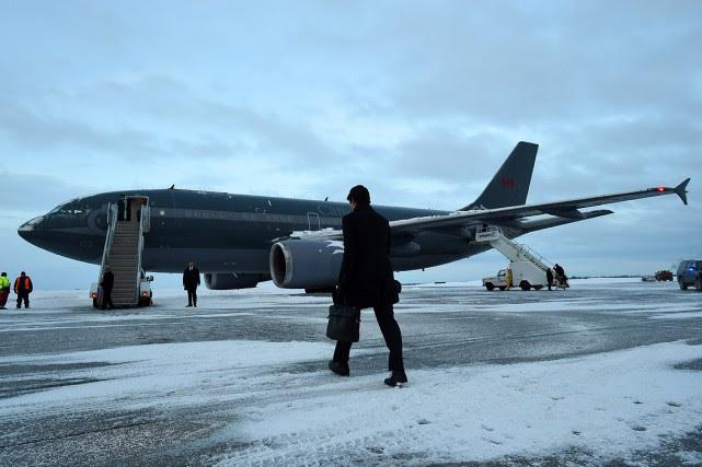 L'avion a décollé avec environ une heure de... (Sean Kilpatrick, PC)