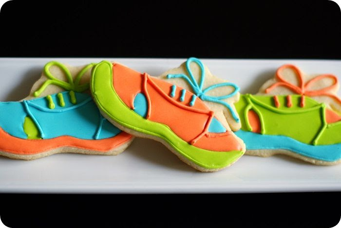 running shoe cookies tutorial ::: from bake at 350