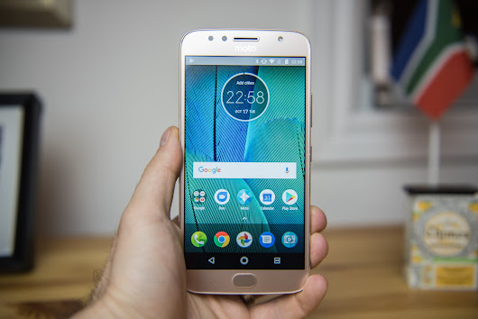 Moto G5S Plus being updated to Android 8.1 Oreo