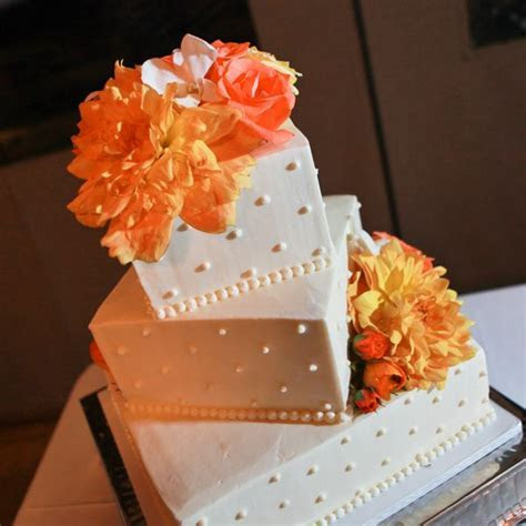 Best 25  Orange wedding cakes ideas on Pinterest   Orange