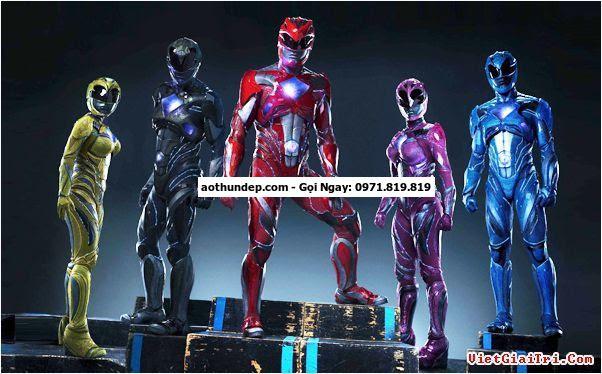 24 thg 3, 2017 - Điểm đặc trưng của series 5 anh em siêu nhân là những bộ giáp nhiều màu sau khi biến hình. Ở bản gốc, trang ph