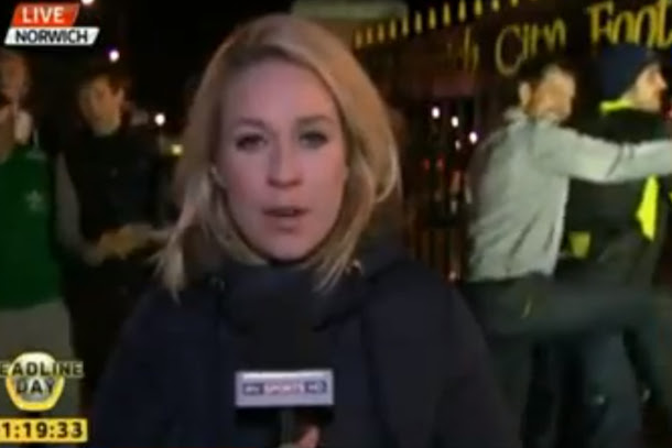 soccer fans videobomb reporter by dry humping