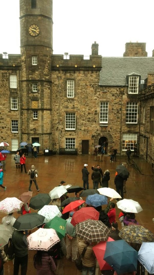 "Edinburgh Castle on Twitter: ""Never let a little #rain stop the discovery & fun! #colourfulbrollies """