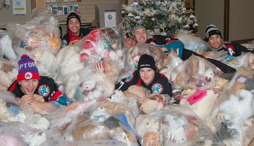 The #Kelowna Rockets shared some toys with the Kelowna General Hospital Sunday afternoon.  #rockets ...