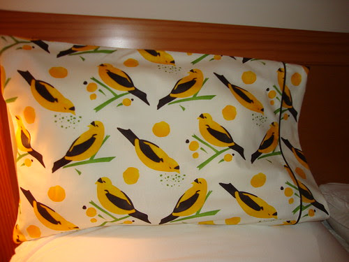 pillowcase with piping